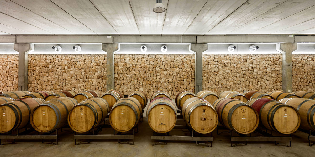 son-juliana-winery-munarq-architects- Oak Barrels
